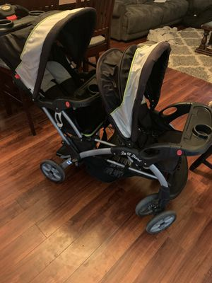 Double Stroller (sit and stand) for Sale in Fresno, CA