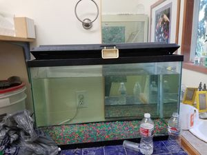 Fish tank for Sale in Arlington, WA