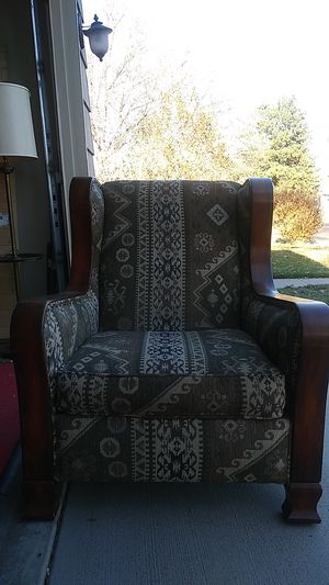 Single chair for Sale in Denver, CO