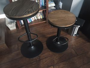 Adjustable bar stools industrial style. Heavy duty excellent condition for Sale in Seattle, WA