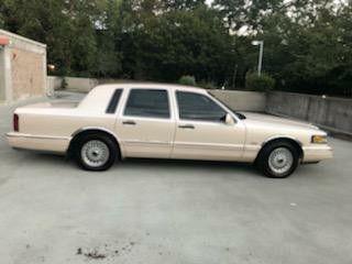 1997 Lincoln Town Car Cartier