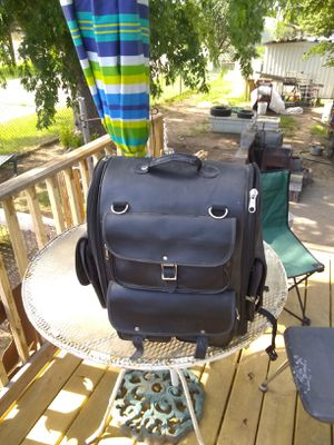 Motorcycle bag no tag don't know brand name for Sale in Wichita, KS