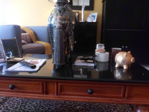 Blk marble coffee table w/oak wood base for Sale in St. Louis, MO