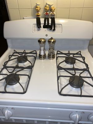 White stove for Sale in Los Angeles, CA