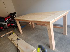 Hand made pine table for Sale in Kapolei, HI