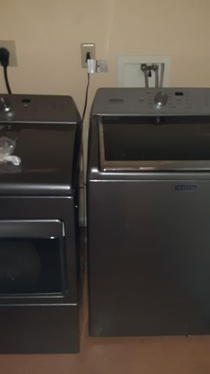 Maytag washer and dryer set for Sale in Charleston, WV