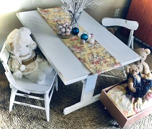 Refinished childs farmhouse table and chairs for Sale in Silsbee, TX