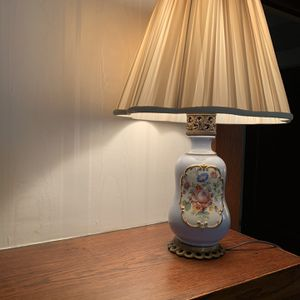 Price Reduced - Vintage Table Lamp for Sale in Bedford, OH