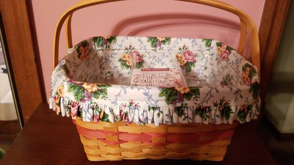 Longaberger, 1997 Mother's Day Timeless Memory Basket with Liner and Protectors