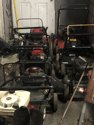 Lawn Mowers for 150 each call me 313, 721,8310 for Sale in Detroit, MI