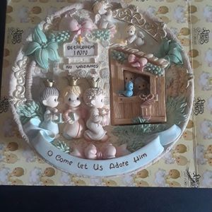 Precious Moments Oh Come Let Us Adore Him Nativity Plate for Sale in Tampa, FL