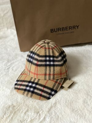 Burberry Vintage Checkered Wool Baseball Cap Size Small for Sale in Elkridge, MD