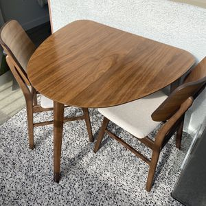 Breakfast Table For 2 for Sale in Henderson, NV