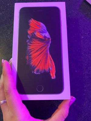 iPhone 6s Plus box for Sale in Oakland Park, FL