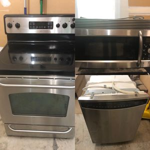 Stainless Steel Kitchen Appliance Set (Used) for Sale in Laurel, MD