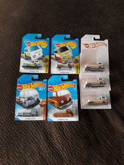Hot Wheels T2 Lot of 7 Cars for Sale in San Clemente,  CA