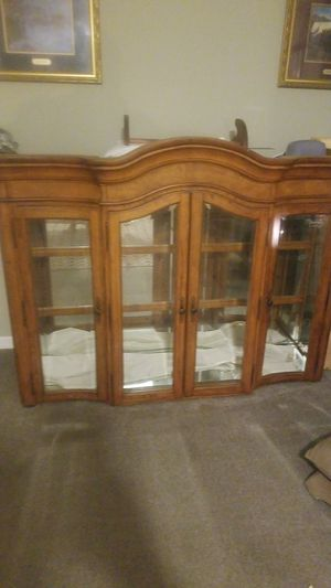 Very Nice Wood Hutch for Sale in Liberty, NC