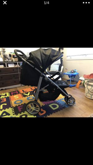 Graco stroller for Sale in Joint Base Andrews, MD