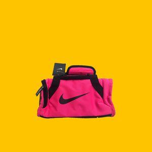 Nike mini duffle lunch bag for Sale in Maitland, FL
