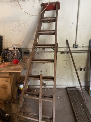 Wooden ladder for Sale in Elmhurst, IL