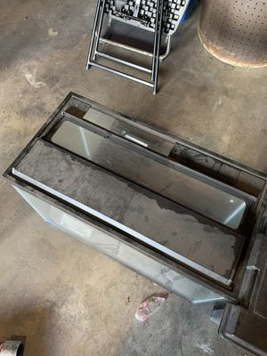 Complete fish tank for Sale in Long Beach, CA
