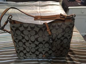 Coach shoulder bag for Sale in Schiller Park, IL