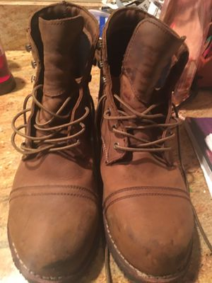 Work Boots Size 13, Leather Uppers, Slip & Oil resistant, LIKE NEW, Shoes For Crews! for Sale in Fairfax, VA
