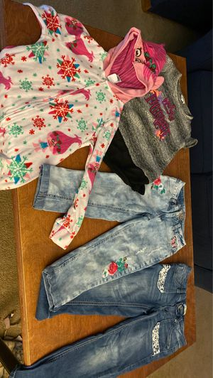 Girls lot. Size 7/8 - justice jeans , never worn, mudd jeans for Sale in Naperville, IL