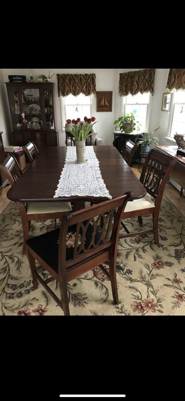 Antique mahogany dinning table set & matching buffet