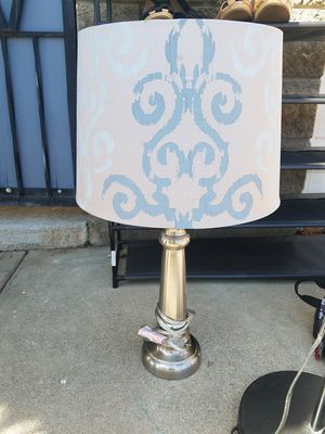 LAMP with shade!!! for Sale in Dinuba, CA