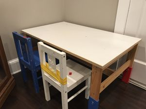 Table kids with 2 chairs for Sale in Alpharetta, GA