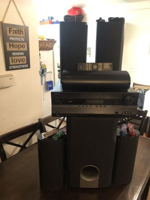 Selling my Home theater surround system, ONKYO. for Sale in Los Angeles, CA