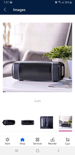 Blackwab Bluetooth speaker 12 hr battery life for Sale in South Brunswick Township, NJ