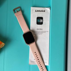 Smartwatch Great Condition $40 for Sale in Leavenworth,  WA