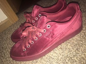 Men's pumas size 9 for Sale in Galloway, OH