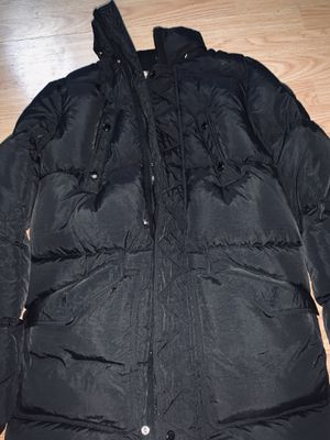 Burberry Puffer Coat for Sale in Federal Way, WA