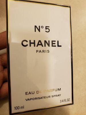 Chanel No5 Eau De Parfum 100ml for Sale in Stockton, CA