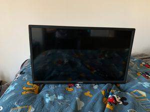 32 inch tv with roku for Sale in Fontana, CA