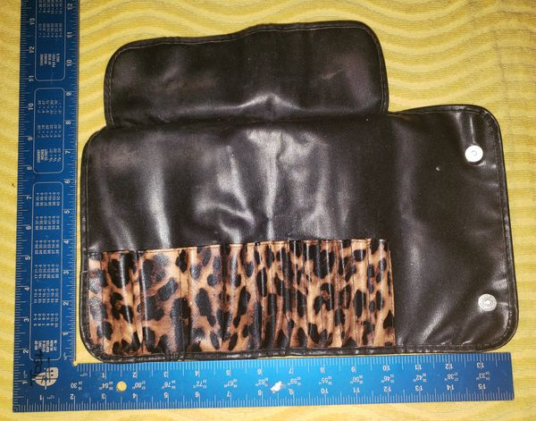 Animal print Makeup brush holder