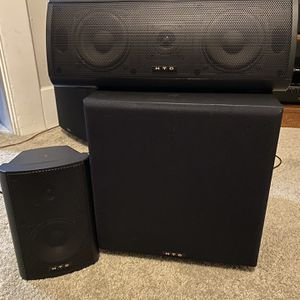 HTD speaker system Hi Quality Woofer Plus Speakers for Sale in Seattle, WA