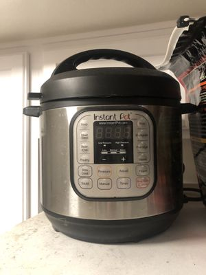 instant pot with everything included for Sale in San Gabriel, CA