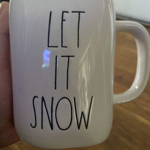 Rae Dunn Let It Snow Mug for Sale in La Puente, CA