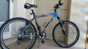 Giant Rincon Mountain Bike 24 speed for Sale in Fort Lauderdale, FL