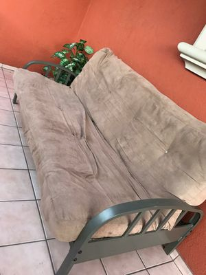 sofa for Sale in Long Beach, CA