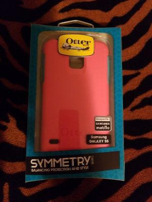 Otter Samsung S5 for Sale in Portland, OR