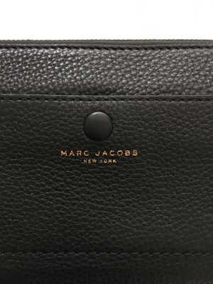 Marc Jacobs Oversized Continental Wallet for Sale in Costa Mesa, CA