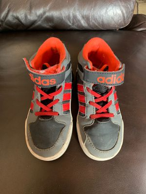 Adidas size 8 for Sale in Anchorage, AK