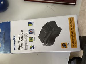 Digital SLR camera charger travel kit for Sale in Rialto, CA