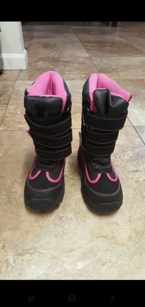 Girls Snow Boots size 13 for Sale in Long Beach, CA