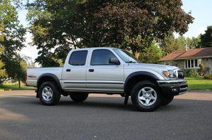 GREATT 02 Truck Tacoma V6 RWD for Sale in Wichita, KS